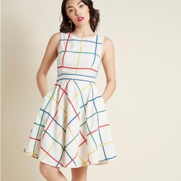 Modcloth Dresses & Skirts - Modcloth Fit and Flare Dress